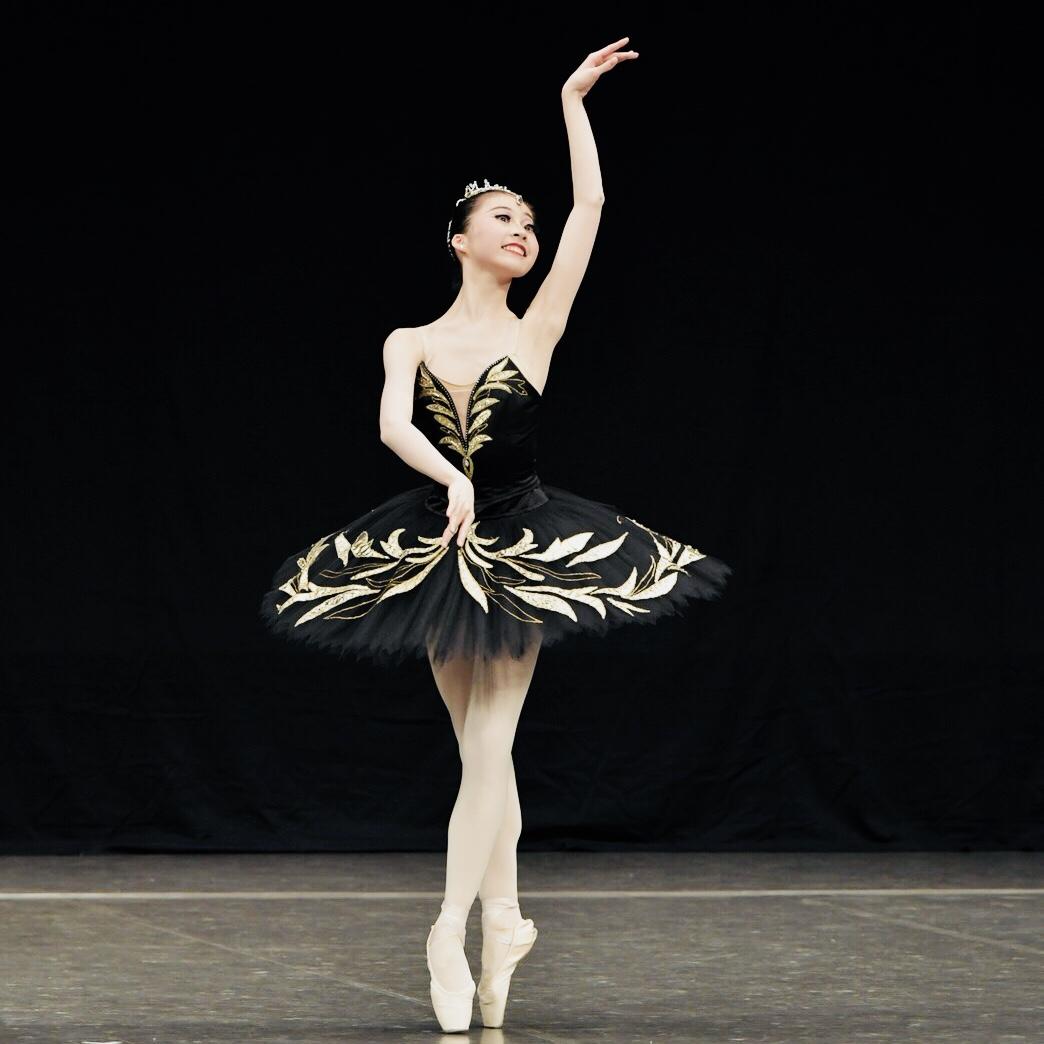 ローザンヌ国際バレエコンクールに出場します。